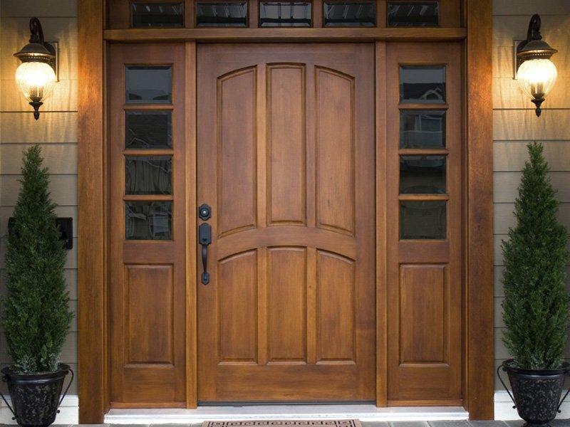 Двери из дерева под заказ в Краснодаре